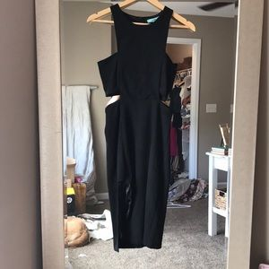 Blk Karlie Midi length dress with slit and cut out